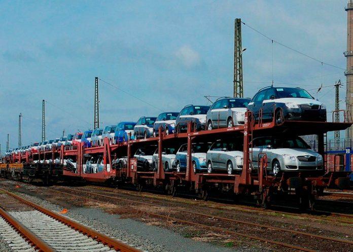 Перевозка автомобиля ЖД транспортом.
